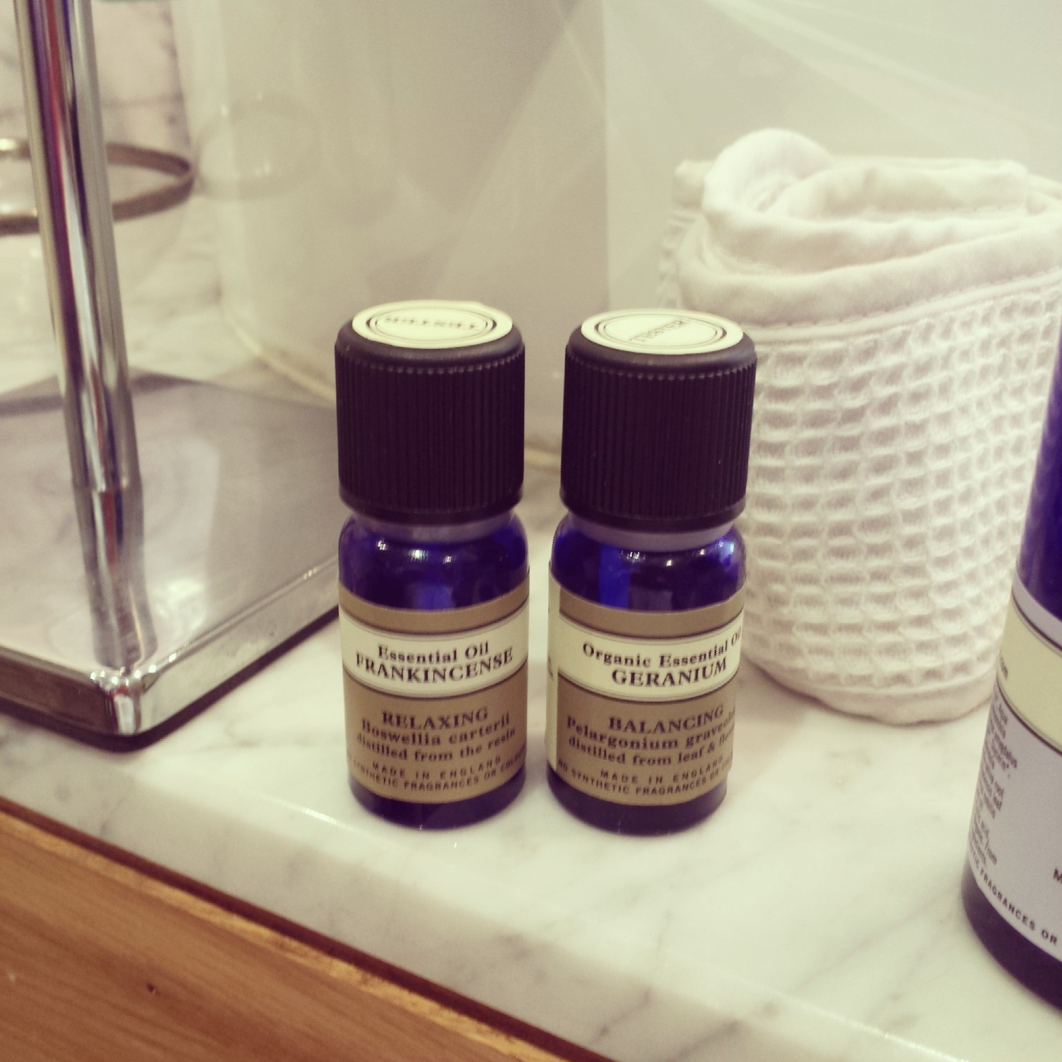The consultant then proceeded to professionally cleanse, tone and massage my face using various Neal's Yard Remedies lotions and potions.